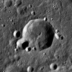 Gullstrand_crater_LROC[2]